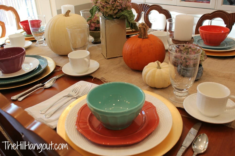 "alt=""thanksgiving tables"""