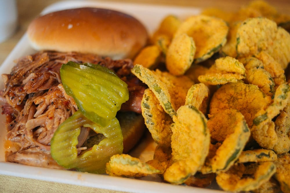 Saws sandwich and fried pickles