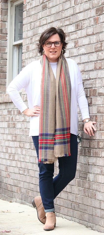 Fashion Over Forty: Scarves, Scarves, and More Scarves from TheHillHangout.com
